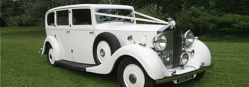 antique touring rolls royce 1937
